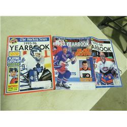 BOX OF VARIOUS HOCKEY MAGAZINES,
