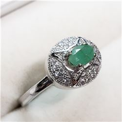 EMERALD CUBIC ZIRCONIA RING SIZE 9