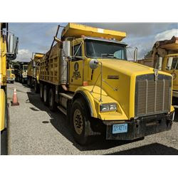 (16) 1999 KENWORTH T800, CAT C15 2WS