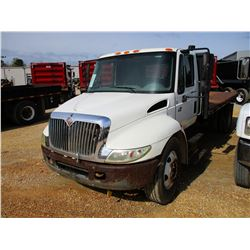 2003 INTERNATIONAL 4300 FLATBED, VIN/SN:1HTMMAAL03H571131 - S/A, IHC DIESEL ENGINE, 5 SPEED TRANS, 1