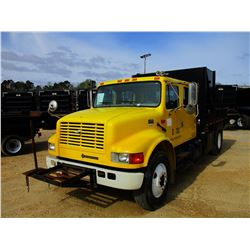 2001 INTERNATIONAL 4900 FLATBED DUMP, VIN/SN:1HTSDAAN21H387251 - S/A, CREW CAB, DT466 DIESEL ENGINE,