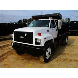2000 CHEVROLET 7500 DUMP, VIN/SN:1GBM7H1C3YJ500622 - S/A, CAT DIESEL ENGINE, 7 SPEED TRANS, 10' OX D