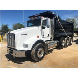 2019 KENWORTH T800 DUMP, VIN/SN:1NKDL40X3KJ217096 - TRI-AXLE, 500 HP CUMMINS X15 ENGINE, ALLSION 450