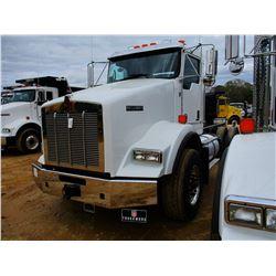 2018 KENWORTH T800 CAB & CHASSIS, VIN/SN:1NKDL40XXJJ213836 - T/A, 500 HP CUMMINS X15 ENGINE, ALLISON
