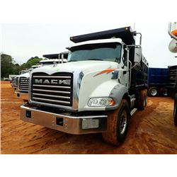 2016 MACK GU813 DUMP, VIN/SN:1M2AX13C0GM060287 - T/A, 405HP MACK MP7 ENGINE, ALLISON 4500RDS A/T, 44