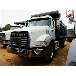 2015 MACK GY813 DUMP, VIN/SN:1M2AX13C6FM028846 - T/A, 405HP MACK MP7 ENGINE, ALLISON 4500RDS A/T, 44