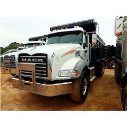 2015 MACK GY813 DUMP, VIN/SN:1M2AX13C4FM028845 - T/A, 405HP MACK MP7 ENGINE, ALLISON 4500RDS A/T, 44