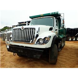 2015 INTERNATIONAL 7600 DUMP, VIN/SN:3HAGSSNR2FL737218 - TRI-AXLE, 410 HP NAVISTAR N13 ENGINE, 10 SP