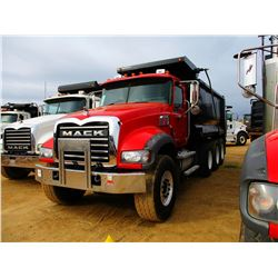 2008 MACK GU713 DUMP, VIN/SN:1M2AX09C68M003742 - TRI-AXLE, 425 HP MACK MP8 DIESEL ENGINE, MACK T310M