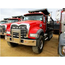 2008 MACK GU713 DUMP, VIN/SN:1M2AX09C88M003743 - TRI-AXLE, 425 HP MACK MP8 DIESEL ENGINE, MACK T310M