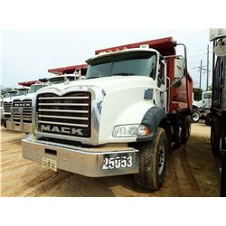 2006 MACK CT713 DUMP, VIN/SN:1M2AL02C36M003619 - TRI-AXLE, MACK DIESEL ENGINE, 10 SPEED TRANS, 44K R