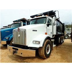 2006 KENWORTH T800 DUMP, VIN/SN:2NKDXUEX46M152992 - TRI-AXLE, 430HP CAT DIESEL ENGINE(CAT PLATINUM R