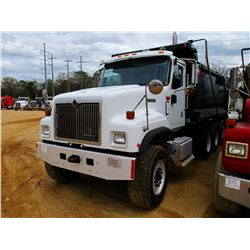 2001 INTERNATIONAL DUMP, VIN/SN:1HTXLAXT31J077035 - TRI-AXLE, CAT C12 ENGINE, 8LL TRANS, 16' HARD OX