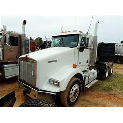 2014 KENWORTH T800 TRUCK TRACTOR, VIN/SN:1XKDD40X3EJ394657 - T/A, 450HP CUMMINS ISX15 ENGINE, 10 SPE
