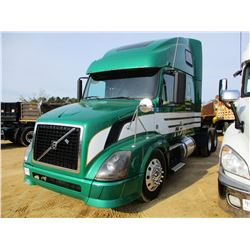 2011 VOLVO TRUCK TRACTOR, VIN/SN:4V4NC9EJ3BN53380 - T/A, 475HP D13 VOLVO ENGINE, 10 SPEED TRANS, 40K