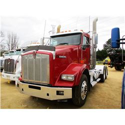 2013 KENWORTH T800 TRUCK TRACTOR, VIN/SN:1XKDD49X1DJ353977 - T/A, 450 HP PACECAR ENGINE, 10 SPEED TR