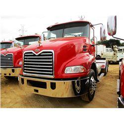2007 MACK CXN613 TRUCK TRACTOR, VIN/SN:1M1AK06Y27N019643 - T/A, MACK DIESEL ENGINE, MACK T310M 10 SP