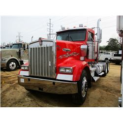 2005 KENWORTH W900 TRUCK TRACTOR; VIN/SN:1XKWDD9X85J073729 -T/A, 410 HP CAT C15 ENGINE, 10 SPEED TRA