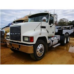 2004 MACK CH613 TRUCK TRACTOR, VIN/SN:1M1AA18Y94N156564 - MACK DIESEL ENGINE, 13 SPEED TRANS, 46K RE