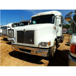 2003 INTERNATIONAL 9400i TRUCK TRACTOR, VIN/SN:2HSCNASR93C065126 - T/A, C15 CAT DIESEL ENGINE, 10 SP