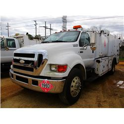 2007 FORD F750 FUEL & LUBE TRUCK, VIN/SN:3FRXF75S47V514616 - CAT DIESEL ENGINE, 7 SPEED TRANS, FUEL,