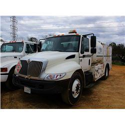 2004 INTERNATIONAL 4300 FUEL & LUBE TRUCK, VIN/SN:1HTMMAAM94H614794 - IHC DIESEL ENGINE, 6 SPEED TRA