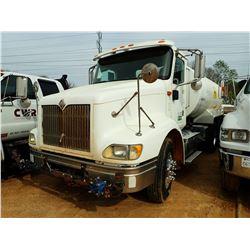 2005 INTERNATIONAL 9200I WATER TRUCK, VIN/SN:2HSCESBR65C199164 - T/A, C13 CAT DIESEL ENGINE, 13 SPEE
