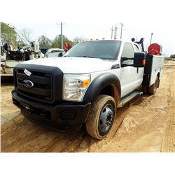 2012 FORD F450 SERVICE TRUCK, VIN/SN:1FD0X4GYXCEB75633 - EXT CAB, V10 GAS ENGINE, A/T, READING SERVI