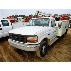 1993 FORD SERVICE TRUCK, VIN/SN:2FDLF47M9PCA57727 - FORD DIESEL ENGINE, 5 SPEED TRANS, STAHL SERVICE