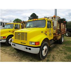 1997 INTERNATIONAL 4900 SIGN TRUCK, VIN/SN:1HTSCAAN8VH480817 - S/A, DT466E DIESEL ENGINE, A/T, 16' F