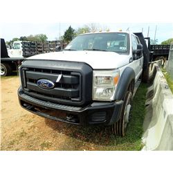2013 FORD F450 FLATBED TRUCK, VIN/SN:1FDOW4GY3DEA42376 - CREW CAB, V10 GAS ENGINE, A/T, 9' BED, REMO