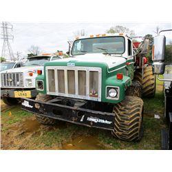 1995 INTERNATIONAL 2554 SPREADER TRUCK, VIN/SN:1HTGBADNXSH639479 - S/A, IHC DIESEL ENGINE, 10 SPEED
