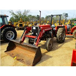 MASSEY FERGUSON 261 FARM TRACTOR, VIN/SN:5971E19002 - 1 REMOTE, BUSH HOG, 2425 TQ LOADER BUCKET, ROL