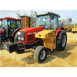 2002 MASSEY FERGUSON 4355 FARM TRACTOR, VIN/SN:L41206 - 2 REMOTES, SIDE MOUNTED FLAIL MOWER, CAB, A/