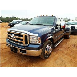 2005 FORD F350 PICK UP, VIN/SN:1FTWW32P05EA43333 - DUALLY, CREW CAB, POWER STROKE DIESEL ENGINE, A/T