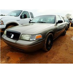 2006 FORD CROWN VICTORIA VIN/SN:2FAFP71W96X124768 - GAS ENGINE, A/T, ODOMETER READING 151,709 MILES(