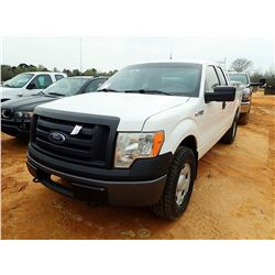 2009 FORD F150 XL PICKUP, VIN/SN:1FTPX14V49KB89680 - 4X4, EXT CAB, GAS ENGINE, A/T, ODOMETER READING
