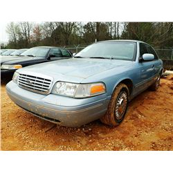 2002 FORD CROWN VICTORIA VIN/SN:2FAFP71W12X142255 - V-8 ENGINE, AUTO, ODOMETER READING 125,986 MILES