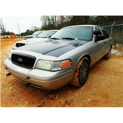 2010 FORD CROWN VICTORIA VIN/SN:2FABP7BV1AX106598 - V8 GAS ENGINE, A/T, ODOMETER READING 203,703 MIL
