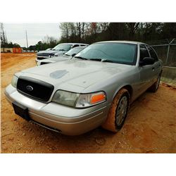 2007 FORD CROWN VICTORIA VIN/SN:2FAFP71W47X136487 - V8 GAS ENGINE, A/T, ODOMETER READING 210,666 MIL
