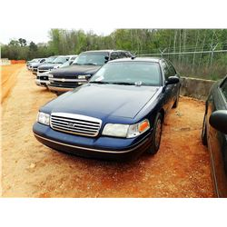 2005 FORD CROWN VICTORIA, VIN/SN:2FAHP71WX5X141456 - V8 ENGINE, A/T, ODOMETER READING 186,798 MILES