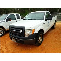 2010 FORD F150 XL PICKUP, VIN/SN:1FTMF1CW5AKE62310 - GAS ENGINE, A/T, ODOMETER READING 342,943 HOURS
