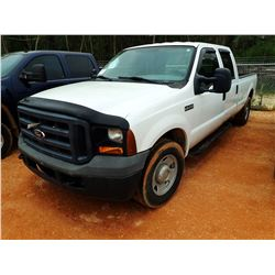 2006 FORD F350 PICKUP, VIN/SN:1FTSW30546EG74172 - CREW CAB, V8 GAS ENGINE, A/T, ODOMETER READING 130