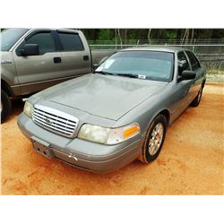 2004 FORD CROWN VICTORIA VIN/SN:2FAFP73W44X127958 - GAS ENGINE, A/T, ODOMETER READING 173,209 MILES