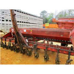 UNITED FARM TOOL 5000 GRAIN DRILL (C-2)