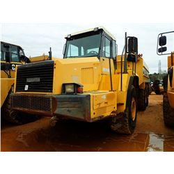 2002 KOMATSU HM350-1 WATER TRUCK, VIN/SN:1008 - G&K G7000 WATER TANK, REAR & INTERMEDIATE DISCHARGE,