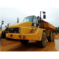2011 CAT 740 ARTICULATED DUMP, VIN/SN:B1P06519 - TAILGATE, CAB, A/C, 29.5R25 TIRES, METER READING 11