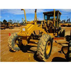 2005 CAT 140H NA MOTOR GRADER, VIN/SN:APM02501 - 14' MOLDBOARD, SCARIFIER, CAB, A/C, METER READING 8