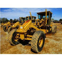CAT 12H MOTOR GRADER, VIN/SN:4XM01990 - 14' MOLDBOARD, SCARIFIER, CAB, A/C, 14.00-24 TIRES