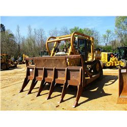 2006 CAT D6RXL II CRAWLER TRACTOR, VIN/SN:FDT00405 - SEMI-U BLADE, DIFF STEER, CAB, A/C, SWEEPS